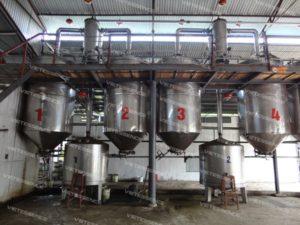 Xưởng chiết xuất tinh dầu