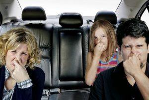 cách khử mùi xe mới- mùi ám trên xe