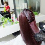 Cách khử mùi thuốc uốn tóc, nhuộm tóc tại salon