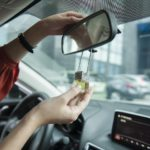 Cách khử mùi xe ô tô mới mua- Tuyệt chiêu cho chủ xế