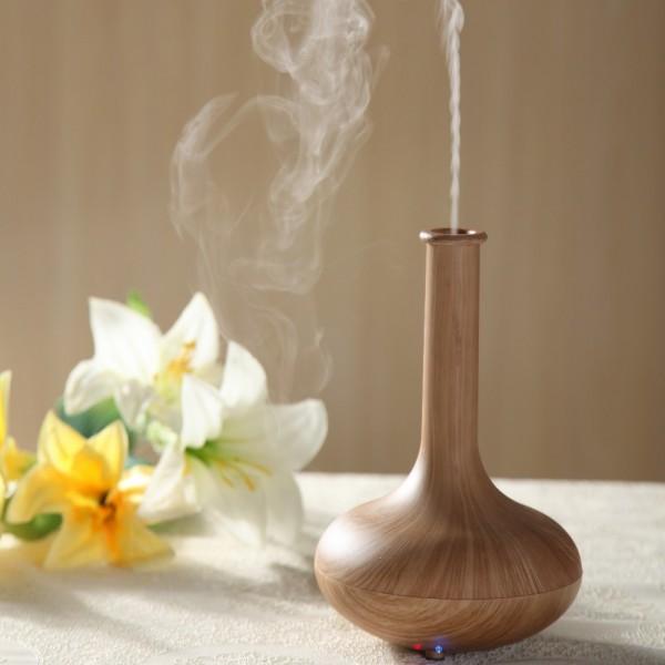 máy khuếch tán hỗ trợ quá trình tạo mùi thơm cho thẩm mĩ viện