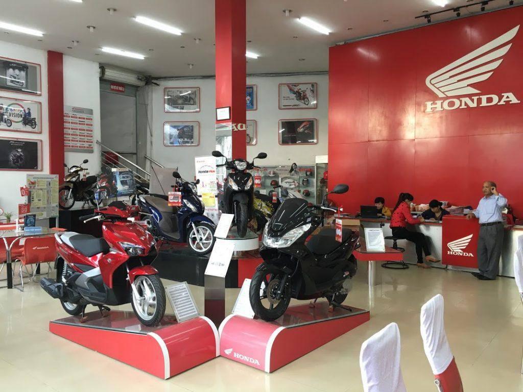 tao-mui-thom-cho-showroom-xe-may-bang-cach-nao-1