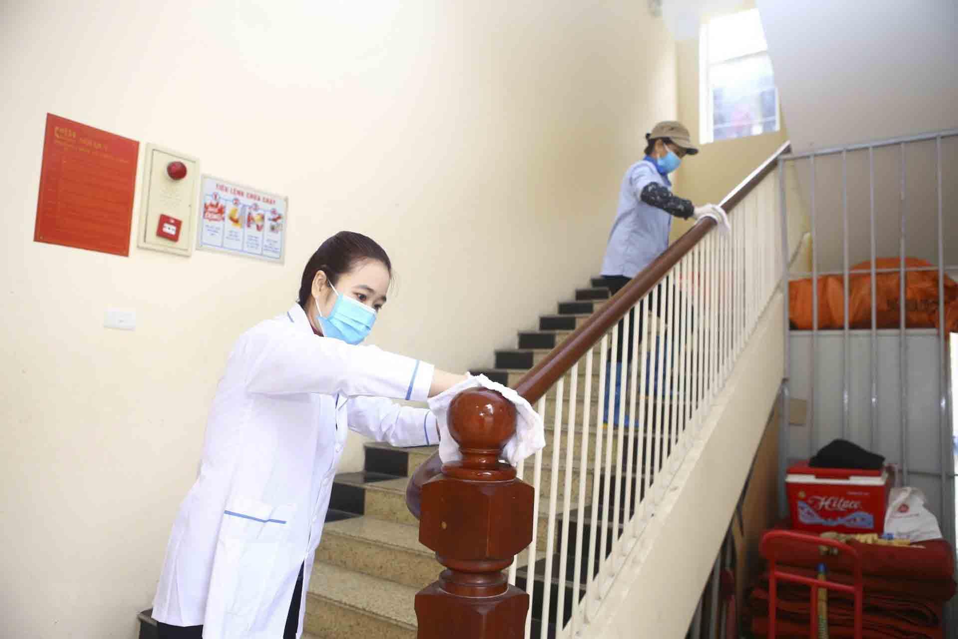 Khuyến cáo phòng ngừa corona cho khách sạn đó là dịch vụ lau dọn, vệ sinh cần đảm bảo