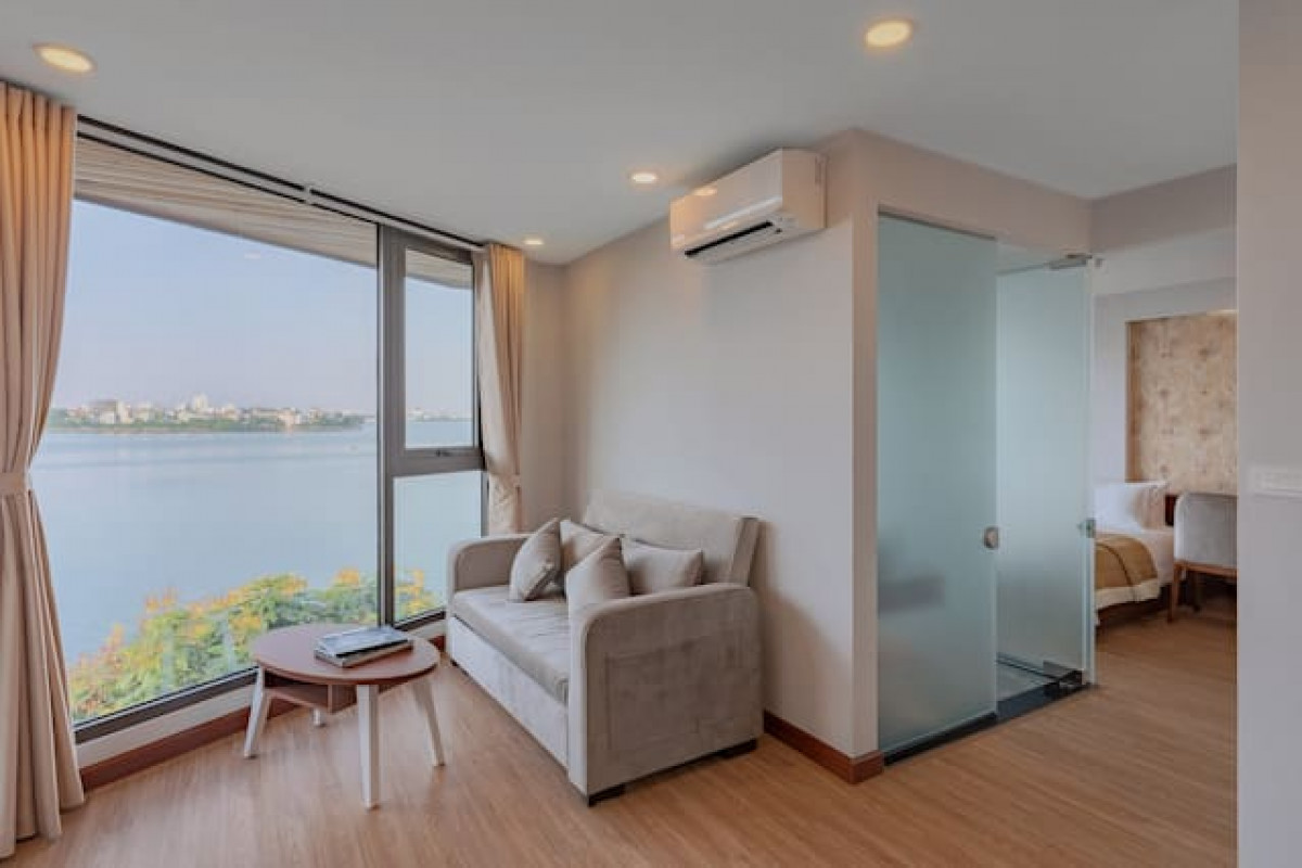 Moon West Lake Apartment giúp khách hàng chiêm ngưỡng trọn vẹn vẻ đẹp Hồ Tây